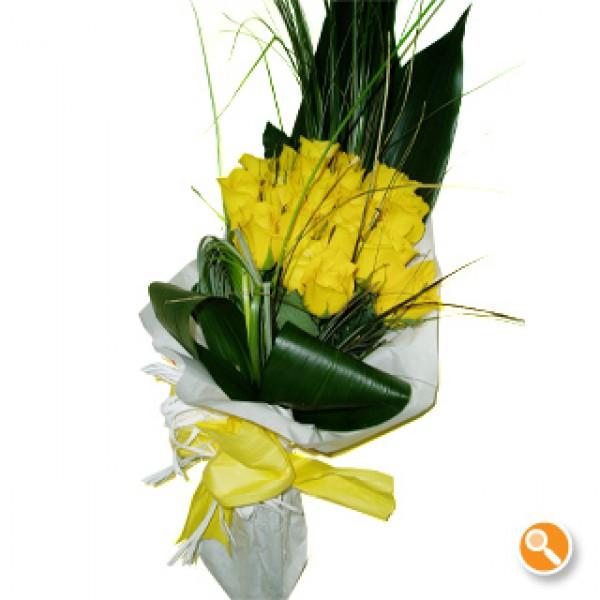 Ramo de rosas amarelas - Calipo amarelo