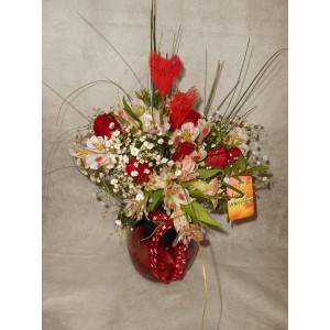 Jarra de rosas vermelhas e alstromereas - Coração
